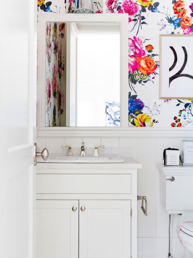 Bathroom floral wall