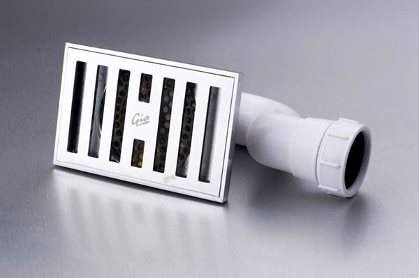 Picture of Rectangular shower trap with Vertical slots 150 x 100 mm