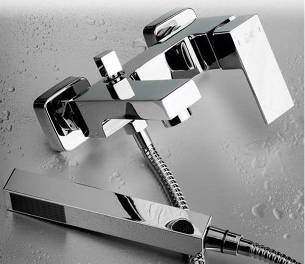 Picture of Malta square wall mount Bath mixer SET
